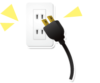 新たに家電製品を購入した場合などコンセントが不足する事があるかと思います。 その際、ほとんどの方はタコ足配線などでまかなう事が多いかと思います。 しかしタコ足配線を使って、たくさんの電気器具を一度に使用すると加熱して火災の原因の一つになります。 そこで、コンセントの増設が必要となりますが、コンセントを増設する際には「電気工事士」という資格が必要です。 「電気工事士」資格を有している日比野電設にお任せください。